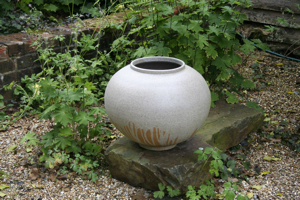 Tidal Jar by Adam Buick, The Garden Gallery